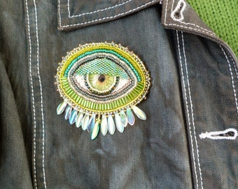 Green and silver 'EYE' hand beaded brooch/pin