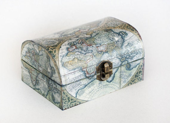 Jewelry storage decoupage jewelry box wooden memory box like this item gumiabroncs Image collections