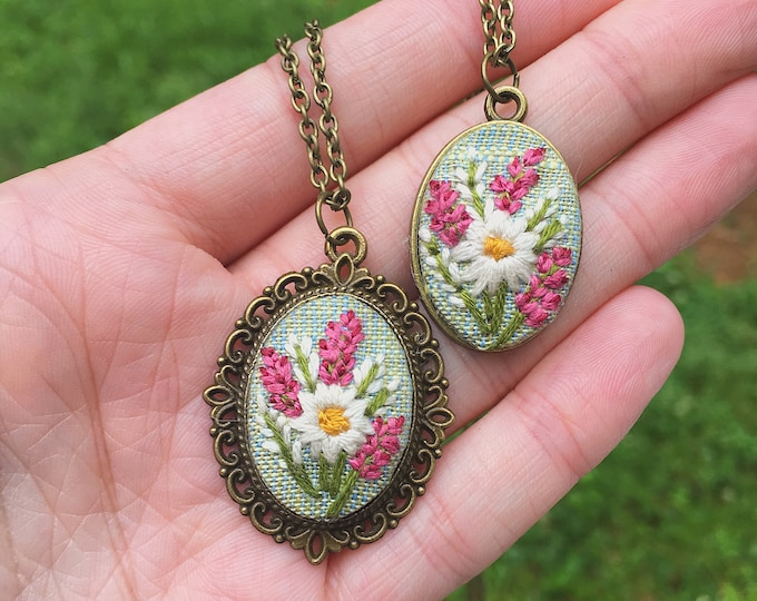 Hand Embroidered Floral Pendant, linen fabric, wildflowers, boho, mint green, bright pink, hyacinth