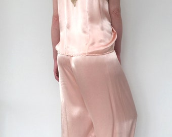 1920s pyjamas pink silk satin and lace vintage antique