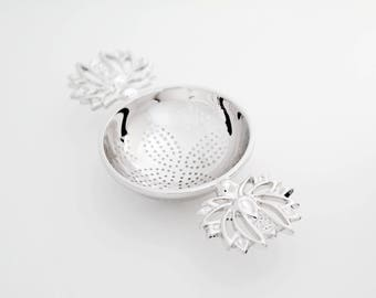 TITASY Platinum Tea Strainer [Two Wings Lotus Flower, TS-15]