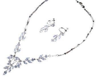 Elegant Teardrop Cubic Zirconia, 18k White Gold Plated Necklace and Earrings Set!