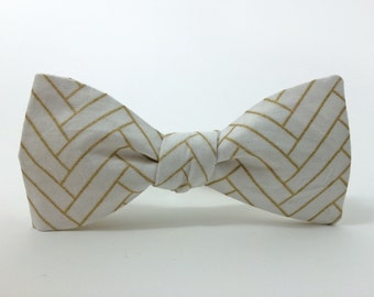 White and Gold Modular Herringbone / Freestyle Bow Tie / adjustable 15-19 inches