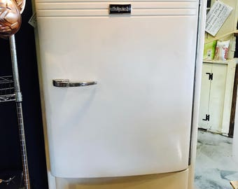 Vintage Hotpoint Refrigerator **Local Pick Up Only**