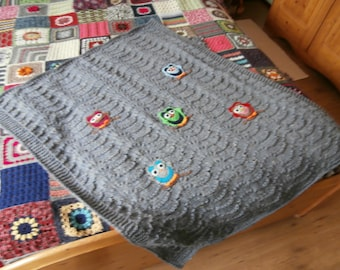 Baby blanket - owls - knitted