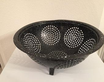 Vintage Black and White Speckled Enamel Colander, Footed
