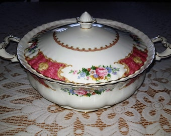 Royal Albert Lady Carlyle soup tureen