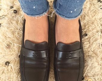 Vintage CHANEL CC Logo Dk Brown Leather Loafers Flats Driving Shoes Smoking Slippers Ballet Flats  38.5 us 7.5 - 8