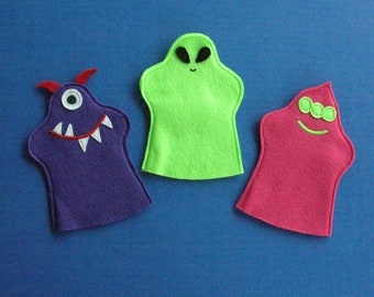 Friendly Alien Puppets / Set of 3 / Party Favors / Hand Puppets / Felt Puppets