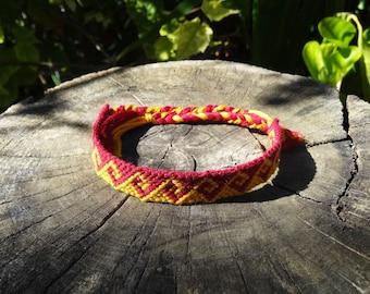 Bracelet Greek wave friendship pattern