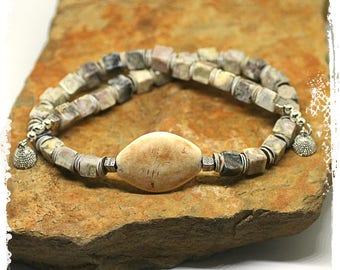 Gray Stone Necklace, Elegant Short Boho Necklace for Women, Neutral Colors Jewelry, Stone and Shell Choker Necklace, Rustic Bohemian Jewelry