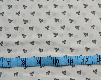 Flower Fabric, Tan Floral on Off White, Cotton Fabric By The Yard, Fat Quarter, Blueberry Buckle Fabric, Quilt Making Supplies, Crafting