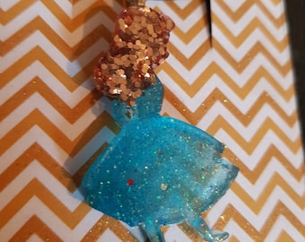 Resin Alice necklace