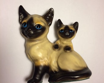 MidCentury Siamese Cat Figurine, Mother and Kitten, Chocolate Point Siamese, Cat Lover Gift, Mothers Day Gift (BX3)