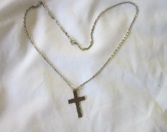 Vintage Chain Necklace with Fancy Christian Cross Pendant