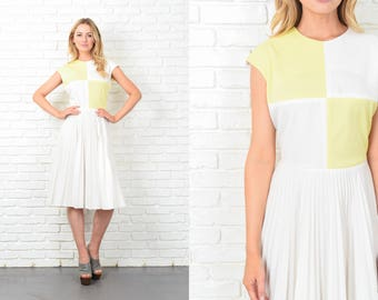 Vintage 70s Color Block Dress Geometric Yellow White Accordion Pleated A Line M 10956