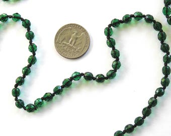 1960s Dark Green Crystal Flapper Necklace