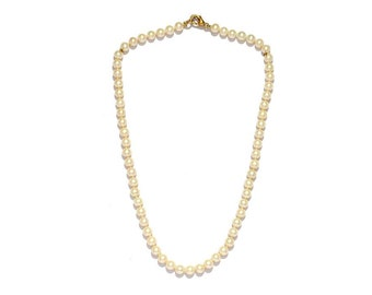 White round fresh water Pearls Necklace