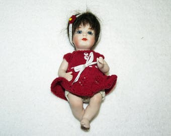 Antique Repro Doll, ca. 11 cm (107)