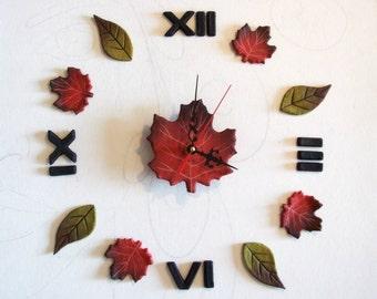 Orologio da parete cucina con foglie colorate Orologio rustico con numeri romani Orologio da muro design Regalo per casa nuova o bar