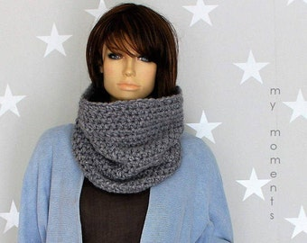 CIRCLE SCARF Merino medium grey Snood
