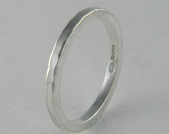Square hammered edge ring