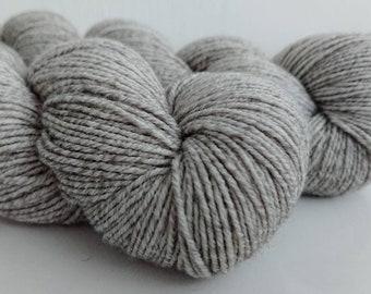"45/22/22/11% wool/cotton/nylon/silk 8-ply ""Bleak"""