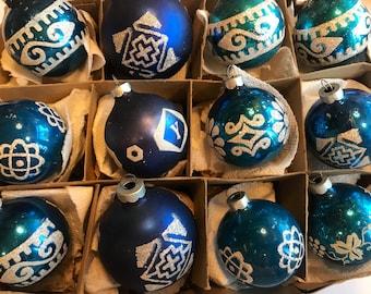 Christmas Ornaments, Vintage Ornaments, Christmas Tree Ornaments, Vintage Christmas Tree Ornaments, Blue Ornaments
