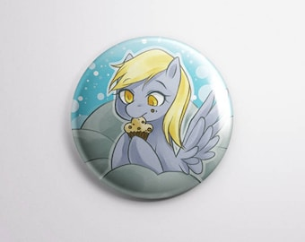 PRE-ORDERS Derpy Hooves 【BUTTON 38mm】