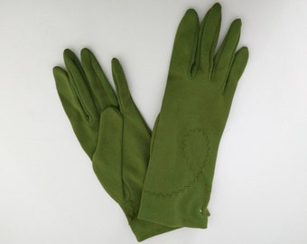 DEADSTOCK vintage 1950's green nylon gloves