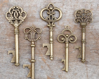 50 Assorted Key Bottle Openers - Vintage Skeleton Keys - Wedding Decorations & Party Favors - Antique  Gold - Steampunk Rustic