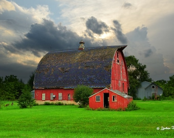 Red & Blue Barn # 82