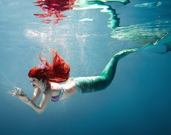 Custome made swimmable silicone mermaid tail (Gold line)