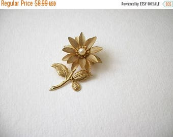 ON SALE Vintage Gold Tone 1950s Faux Pearls Religious Little Pendant Metal Pin 8716