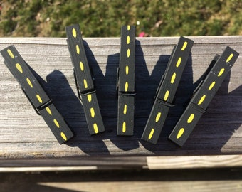Hand Painted Road Design Standard Wooden Clothespins