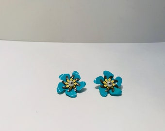 Flower Collar Pins