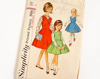 Vintage 1960s Girls Size 12 Jumper Dress and Blouse Simplicity Sewing Pattern 5223 Complete / b30 w25 / Long Sleeves, Gored Skirt