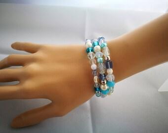 Icy Blue & Silver Fidget Bracelet, Memory Wire Wrap Bracelet, No Clasp Bracelet, Statement Bracelet, Anxiety Jewellery, Flower Charm
