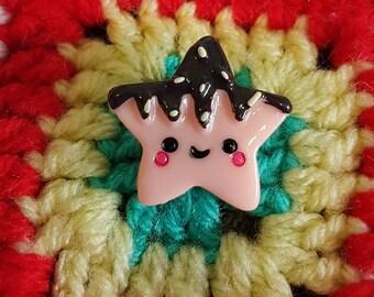 Kawaii happy star cookie brooch/ pin badge