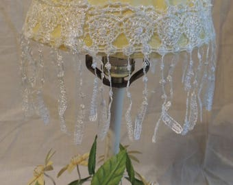 Daisy and Lace lamp/Light