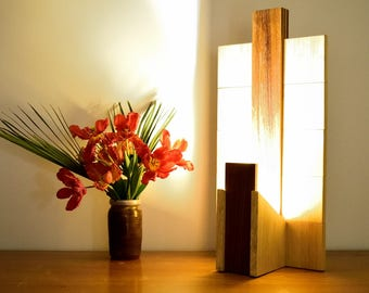 PRANIBA: Adjustable lamp in Oiled Teak and Varnished Bamboo.