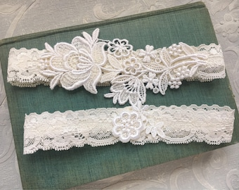 "Lace Wedding Garter Set, Ivory Garter Set, Lace Garter, Toss Garter, Simple Lace Garters - Available in Ivory or White - ""Flora"""