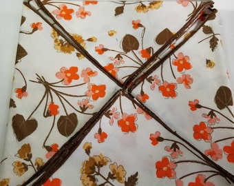 Vintage napkins, Set of 4 cotton flowered 16 inch