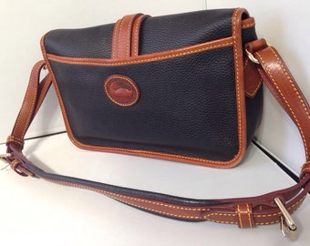 DOONEY AND BURKE Vintage purse