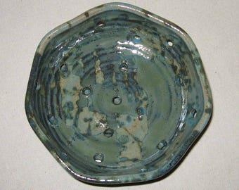 Berry Bowl w/ Saucer
