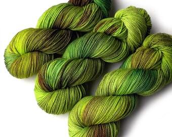 Hand Dyed Yarn Ultrafine Superwash 17 Micron Merino Fingering Sock Yarn, Froggy