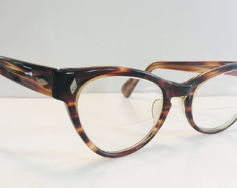 1960s Vintage Tortoiseshell Cats Eye Glasses