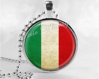 ITALY FLAG Necklace, Italian Flag Necklace, Glass Photo Art Necklace, Italy, Italian Pride Jewelry, Italy Flag Pendant, Italian Flag Pendant