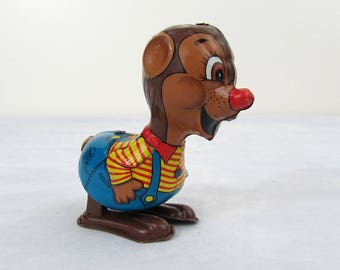 Marx Chipmunk Wind-up Collectible Tin Toy - 1950s - Works - Very good condition