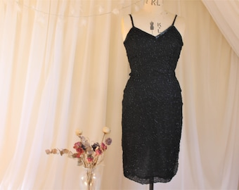 Designer noir perlé robe Vintage, des années 1980 fait des années 1920 Flapper Dress (est). Ronald Joyce après Six Collection. Cami manœuvre dress.UK 8, US 4